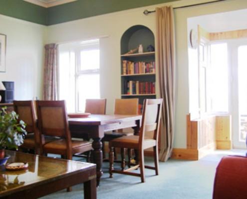 Seawinds lounge dining area